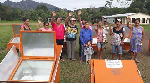 Cocinas-solares-en-la-Amazonia-ahorran-500-toneladas-de-dioxido-de-carbono-al-ano