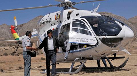 Evo-en-Iscayachi:-casi-no-aterrizamos,-casi-el-viento-se-lo-lleva-el-helicoptero