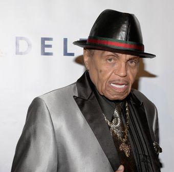 Fallece-el-padre-de-Michael-Jackson