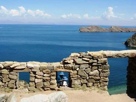 Suspenden-turismo-en-Isla-del-Sol-por-conflicto