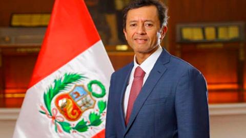 Renuncia-el-ministro-de-Economia-peruano-dos-meses-despues-de-asumir-el-cargo