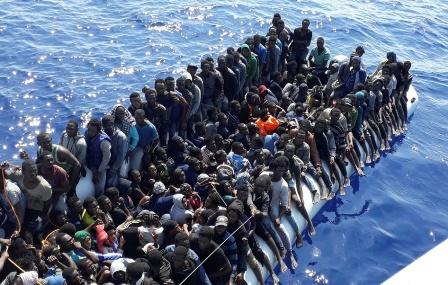 Rescate-sacan-270-personas-del-mar-