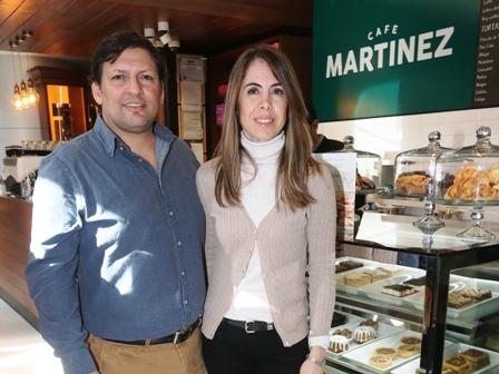 Los-Martinez-deleitan-con-su-cafe-