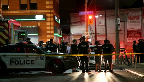 Tiroteo-en-Toronto-deja-tres-muertos-y-12-heridos