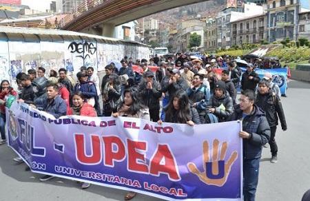 Estudiantes-de-la-UPEA-ya-estan-cansados-pero-apuestan-por-las-movilizaciones