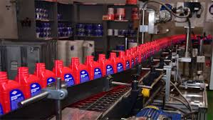-YPFB-desarrollo-15-lubricantes-en-11-anos-de-administracion-de-la-Refineria-de-Cochabamba