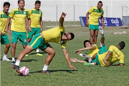 Lesionados-complican-al-entrenador-Juan-M.-Llop