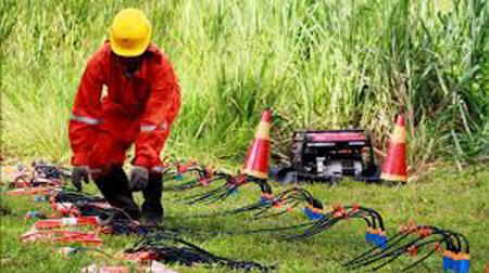 Morales-promulga-ley-para-explorar-y-explotar-hidrocarburos-en-Iniguazu-por-$us-899,8-millones