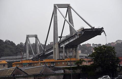 Al-menos-22-muertos-en-colapso-de-un-puente-en-Italia