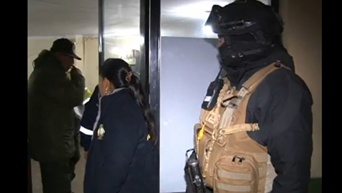 Dos-pasajeros-de-BoA-fueron-arrestados-por-alarmar-sobre-una-bomba