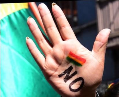 Ofrendas,-comercio-y-protestas--marcaron-la-celebracion-patria