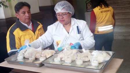 Se-descarta-arroz-plastico-en-La-Paz