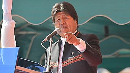 Morales-asegura-que-bolivianos-patriotas-le-informan-desde-la-Embajada-de-EEUU