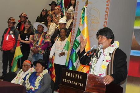 Evo-inaugura-la-Casa-Grande-del-Pueblo-y-reivindica-su-caracter-antiimperialista