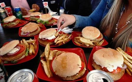 Comida-chatarra-se-dispara-su-consumo-en-el-pais