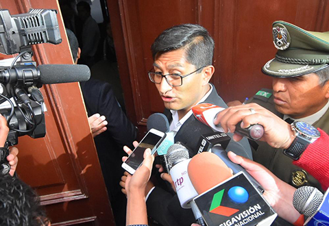 Criticado-por-el-caso-Alexander,-fiscal-Blanco-asiste-al-examen-para-ser-Fiscal-General-