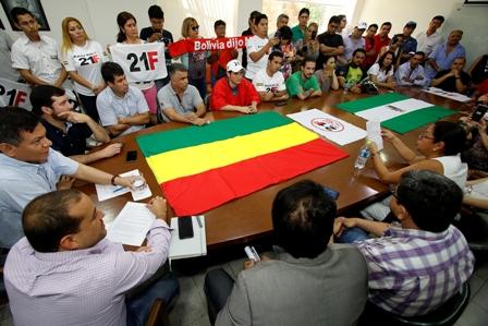 Paro-civico-el-5-de-diciembre-acuerdan-el-Comite-cruceno-y-los-activistas-del-21F
