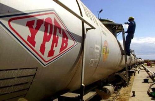 -YPFB-preve-adquirir-el-primer-ano-80-millones-de-litros-de-alcohol-para-producir-etanol