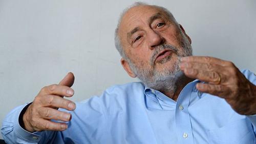 Joseph-Stiglitz,-Nobel-de-Economia,-sobre-la-crisis-de-Argentina:--Las-medidas-de-austeridad-ralentizaran-la-economia-e-impondran-un-alto-costo-en-la-gente-