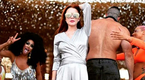 El-baile-de-Lindsay-Lohan-se-ha-convertido-en-el-nuevo-reto-viral