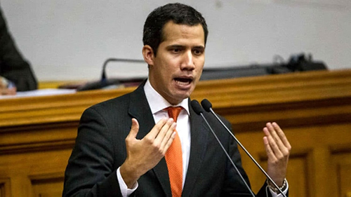 El-presidente-de-la-Asamblea-Nacional-de-Venezuela-llamo-al-Ejercito-a-desconocer-el-mandato-de-Nicolas-Maduro