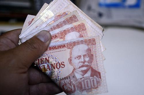 Bolivia-recibio-1.145-millones-de-dolares-por-remesas-entre-enero-y-noviembre-de-2018