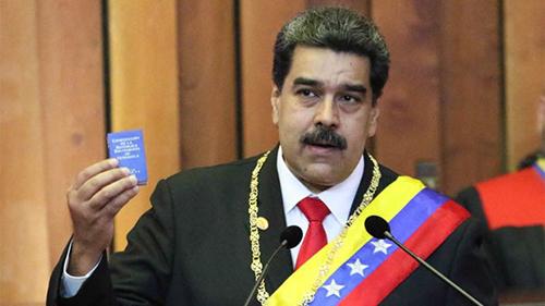 -Maduro-es-posesionado,-pero-la-OEA-lo-declara-ilegitimo