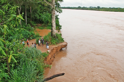 Desborde-del-rio-Ichilo-afecta-a-territorio-indigena-de-Yapacani