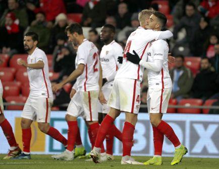 Sevilla-gana-y-Barcelona-cae-ante-el-Levante-1-2