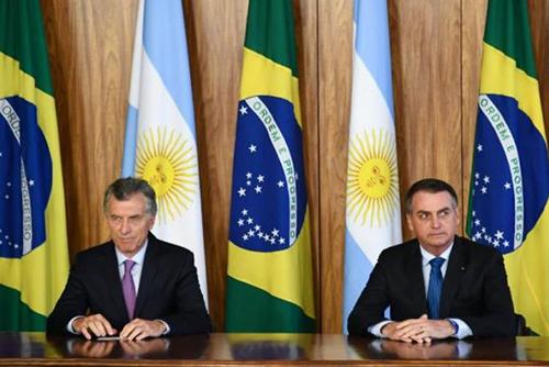 """Bolsonaro-y-Macri-condenan-la-""""dictadura""""-de-Maduro-en-Venezuela"""