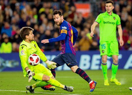Goleada-y-pase-del-Barcelona-ante-Levante