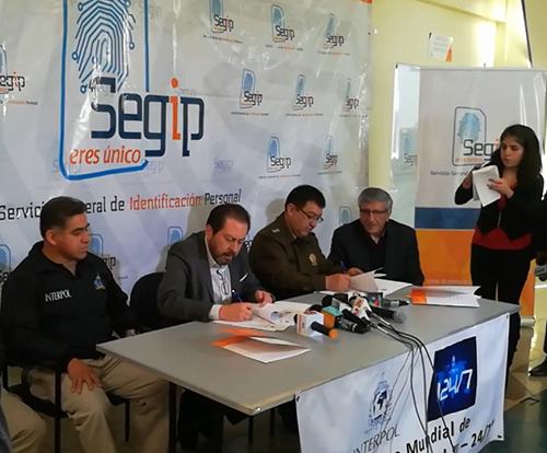 Policia,-Segip-e-Interpol-firman-convenio-para-combatir-la-delincuencia-internacional