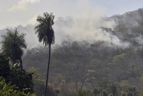 Gobernacion-alerta-que-se-reactivaron-10-focos-de-incendio-en-la-Chiquitania
