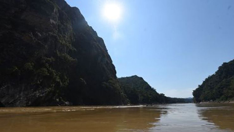 Encuentro-de-afectados-rechaza-proyectos-hidroelectricos-en-Bolivia-