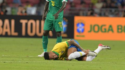 Neymar,-un-mes-de-baja-tras-lesionarse-con-Brasil