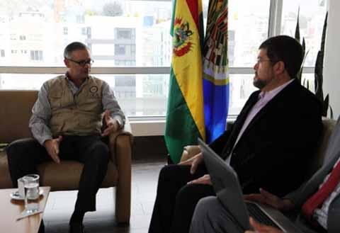 Samuel-pide-a-la-OEA-poner-especial-enfasis-en-1.000-recintos-electrones