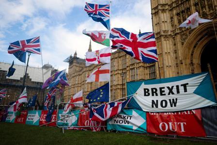 Acuerdo-de-divorcio-entre-Reino-Unido-y-Union-Europea