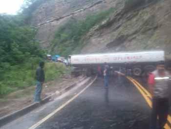 Dos-accidentes-de-transito-en-la-ruta-hacia-los-valles-crucenos