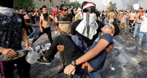 Las-nuevas-protestas-entran-en-su-tercer-dia-en-Irak-y-suman-ya-73-muertos