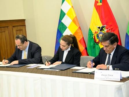 Bolivia-y-CAF-pactan-por-el-corredor-Bioceanico-