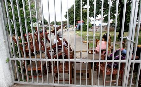 Estudiantes-bloquearon-acceso-a-la-UAGRM-