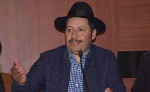 Fiscalia-admite-denuncia-contra-Urquizu-por-abandono-del-cargo
