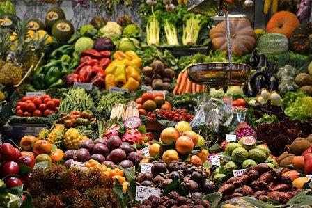 Abastecen-de-verduras-a-mercados-pacenos