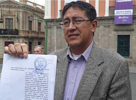 Presentan-denuncia-penal-contra-los-vocales-del-TSE