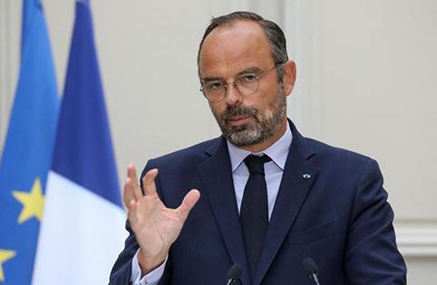 Francia-endurece-las-prestaciones-sanitarias-a-sin-papeles-y-refugiados