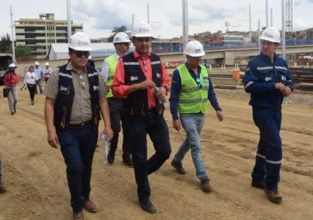 Gobierno-reitera-que-proyectos-y-obras-no-se-paralizaran