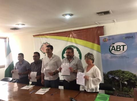 ABT,-Senasag-y-CFB-firman-convenio-para-reactivar-el-sector-forestal