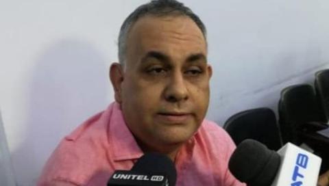Caso-Cotas:-Hubert-Gil-paga-millonaria-fianza-para-salir-de-prision