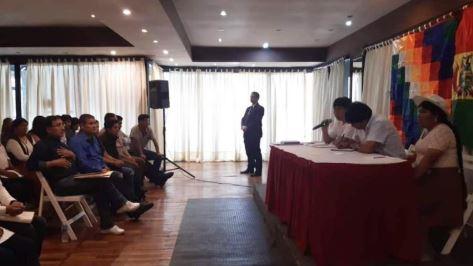Con-ausencia-de-sectores,-inicia-reunion-entre-Evo-y-dirigentes-del-MAS-