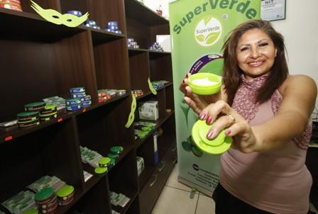 Industrializacion-de-la-coca-Super-Verde-ofrece-el--Bolo-Moderno-